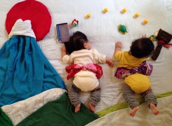 赤ちゃん,寝相アート,画像,可愛すぎる,話題015