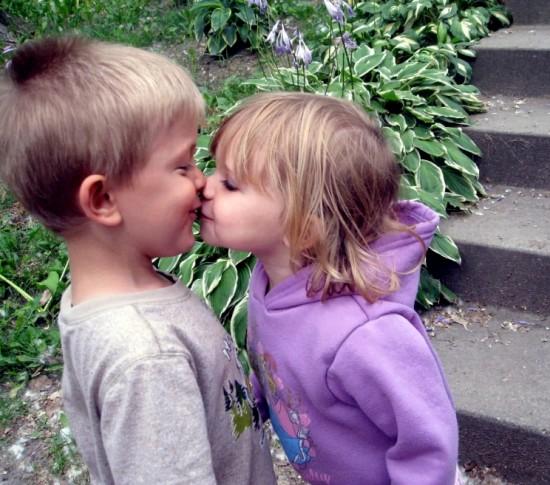 ほっこり,子供,キス,画像,まとめ042