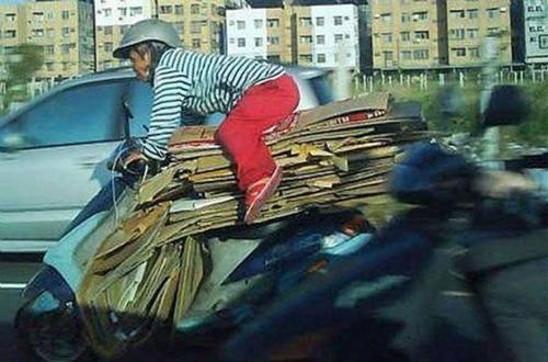 限界,バイク,荷物,積んでいる,おもしろ画像,まとめ002