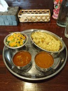 宮古料理に飽きてきたらパリワールのネパールカレーでリフレッシュ【宮古島グルメ】